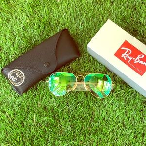 NeW RAY BAN Green Flash -58mm (Med) Gold Frames